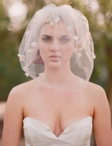 svadba-fata-srednie-volosi-1